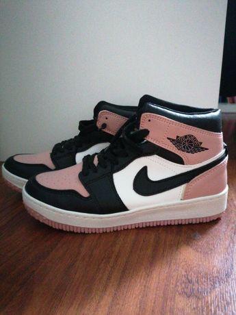 Sapatilhas Jordan 1 (Nike)