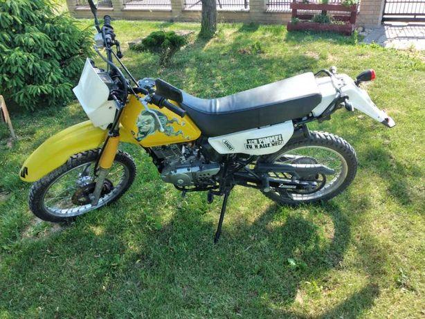 Suzuki Dr125 godny uwagi