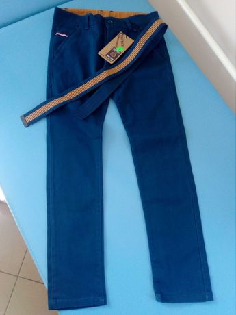 Spodnie chłopięce rozmiar 146