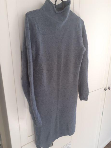 Dzianinowowa sukienka
