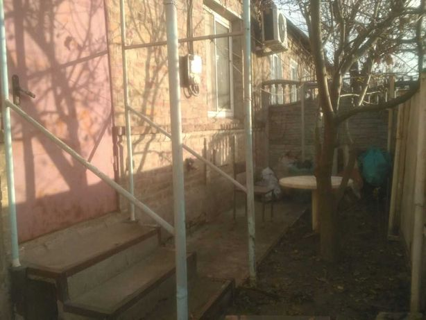 Сдаю часть дома (р-н Запорожье 1), 50 кв.м, удобства, отдельно