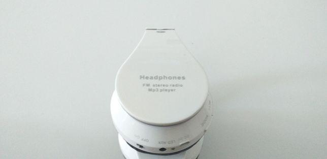 Słuchawki bezprzewodowe Headphones FM stereo radio Mp3 player
