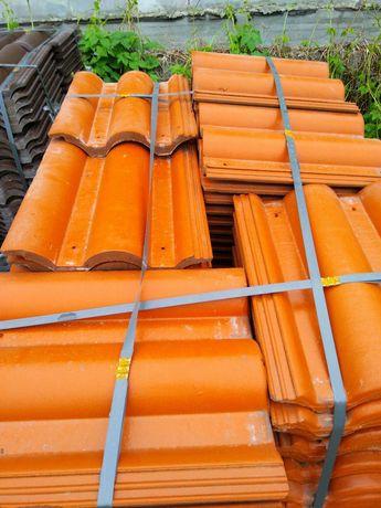 Продам черепицу цвет оранжевый 150м2 и коричневый 140м2