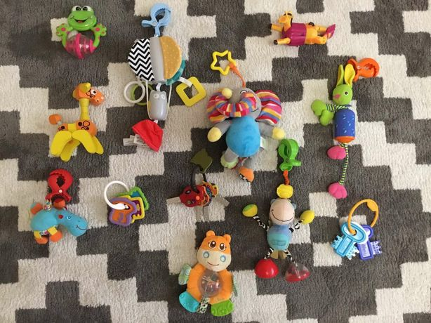 Детские игрушки на коляску