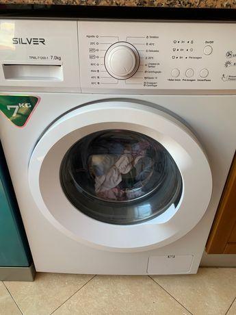 Máquina de lavar roupa 7 kg nova