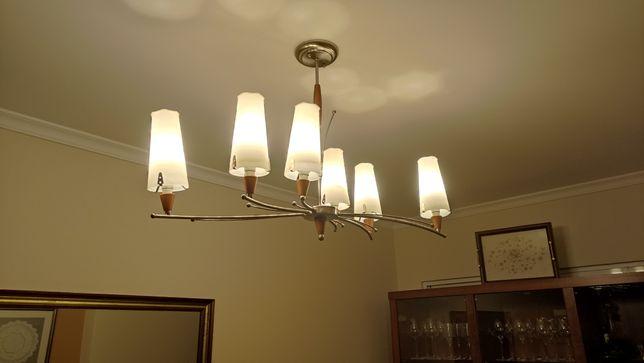 Venda Candeeiro de sala com lâmpadas de led em muito bom.estado  Com