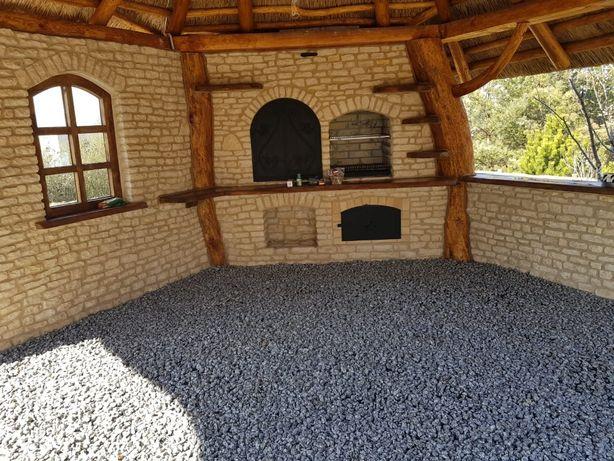 Grill Murowany z kamienia / cegły wędzarnia , piec chlebowy podłoga