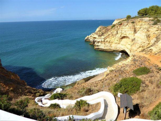 Casa Ruína Vista Mar e Lotes Terreno. Portugal, Algarve, Lagoa.