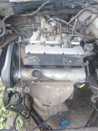 Двигун опель вектра б 1.6 16клапанний