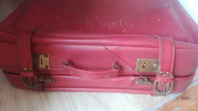 walizka podrozna prl zniszczona do odnowienia WYSYŁKA