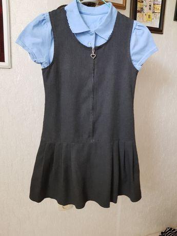 Сарафан школьный серый 7-8 лет, футболочка в подарок
