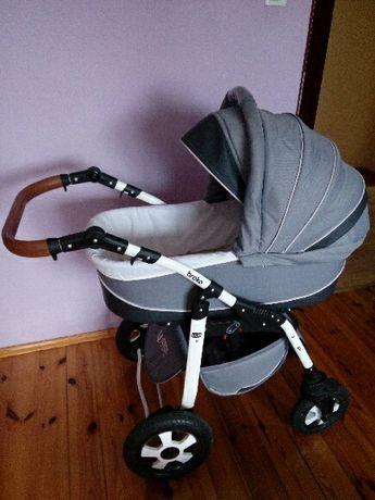 Wózek dziecięcy zadbany