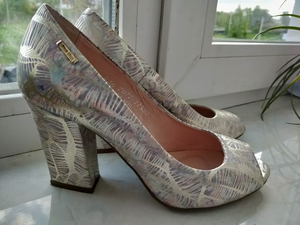 Туфлі 36 розмір best but