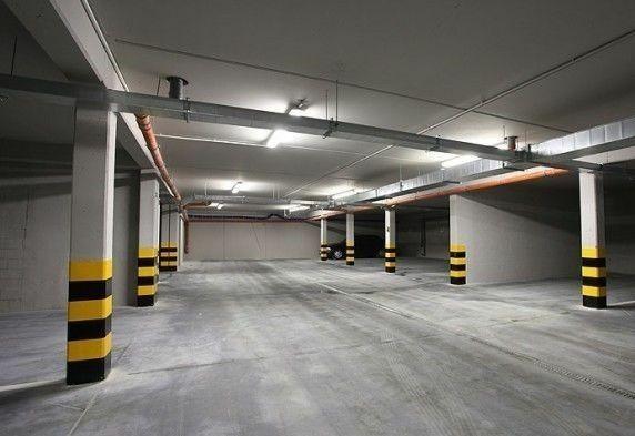 Miejsce parkingowe Tylna 2