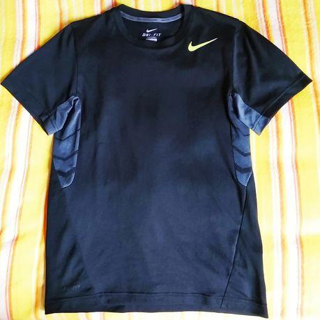 """Оригінальна футболка бренду """"Nike"""" Dri-fit"""
