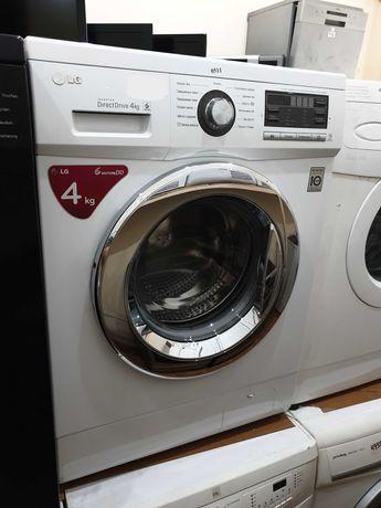 Узкая стиральная машина LG Direct Drive на 4 кг