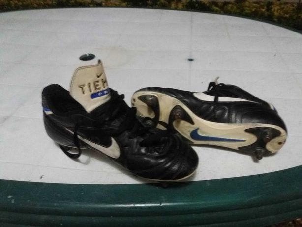 Chuteiras Nike Pro Tiempo Tamanho 42