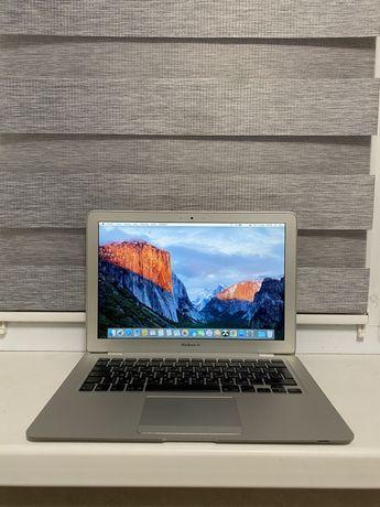 Apple Macbook Air 11 (2009)