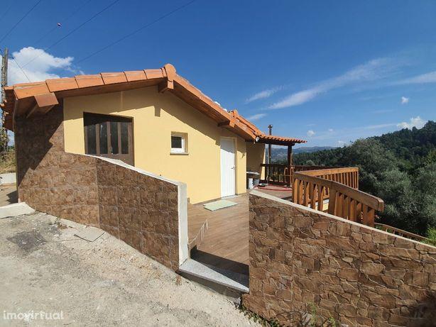 Casa com terreno Matavacas - Rio Caldo (Gerês)