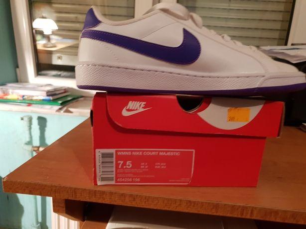 Nike damskie court majestic rozmiar 38, 5 cena 199 zł