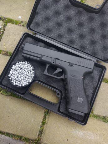 Пистолет пневматический Glock 17c (страйкбольный)