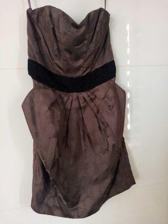 Sukienka z kieszonkami