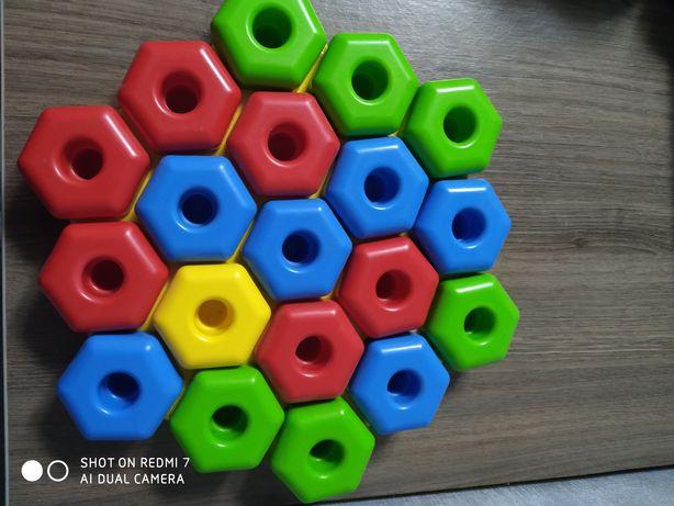 Мозаика из прочного пластика