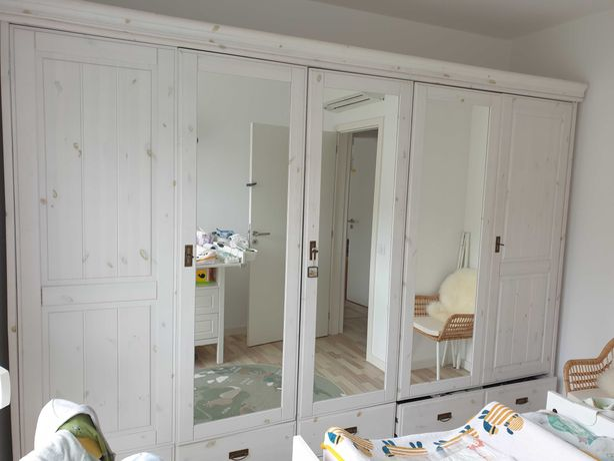 Roupeiro madeira maciça branco