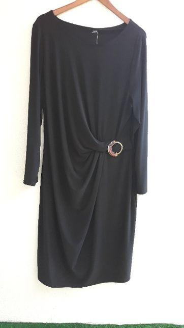 czarna, wizytowa suknia