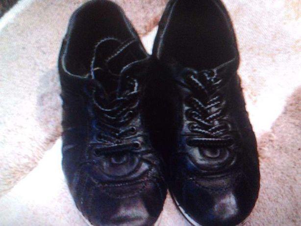 Шкіряні туфлі 39 розміру