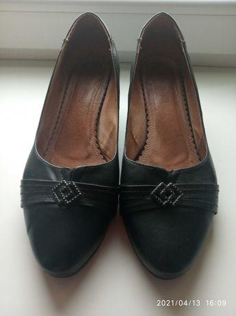 Туфли черные кожаные 40