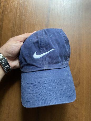 Тёмно синяя кепка Nike