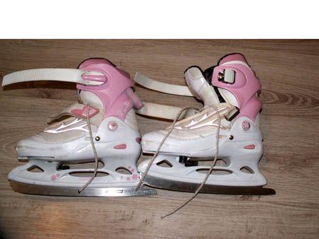 Łyżwy z butami regulacja dla dziewczynki rozm.30-33