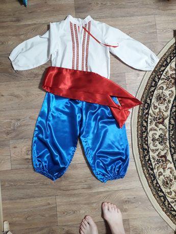 Продаю костюм вишиванка и шаровары  на мальчика рост 104см