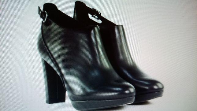 Продам ботинки Clarks