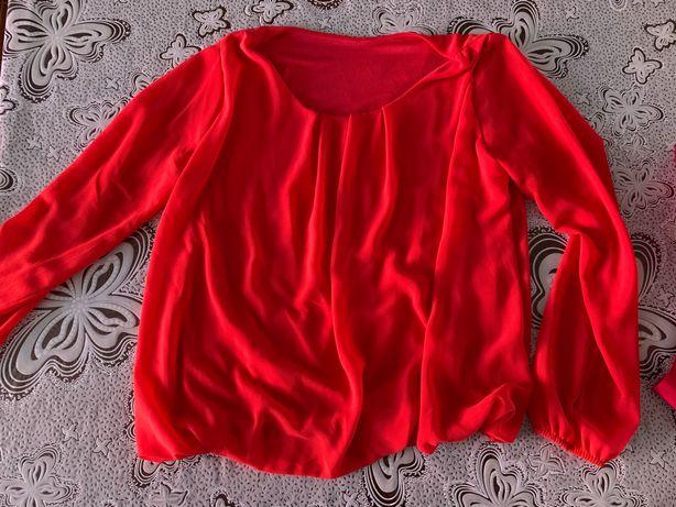 Блузка коралового кольору