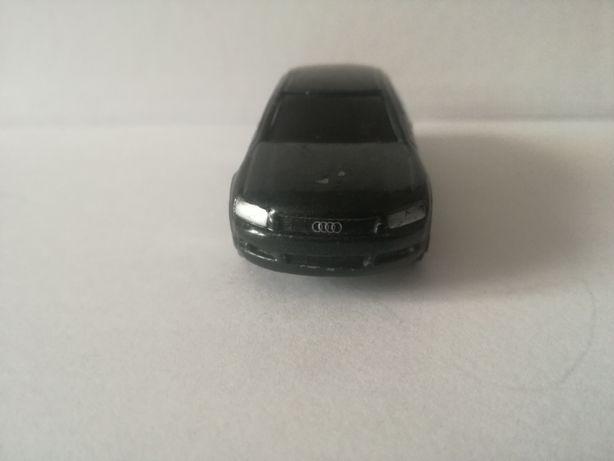 Audi A 8 firama Maisto 1/50