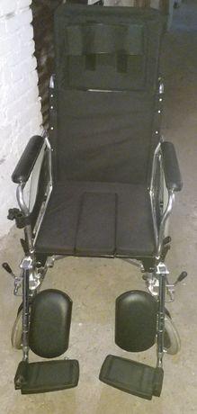 Wózek inwalidzki stabilizujący plecy i głowę Vitea Care VCWK7T
