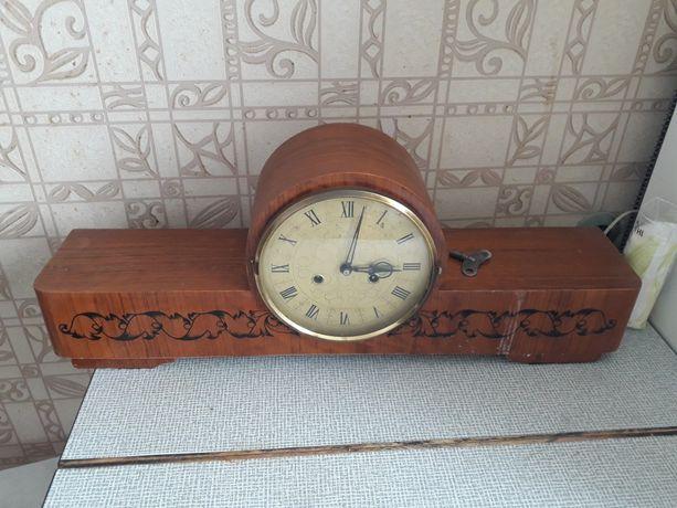 Продам каминные настольные часы