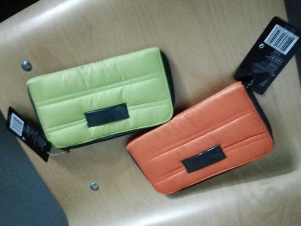 Carteiras- verde e laranja
