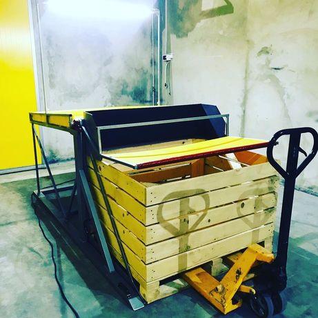 Стіл для сортування яблук.Контейнеро перевертач