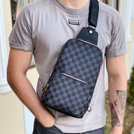 Мужская нагрудная сумка слинг через плечо серая Louis Vuitton чоловіча
