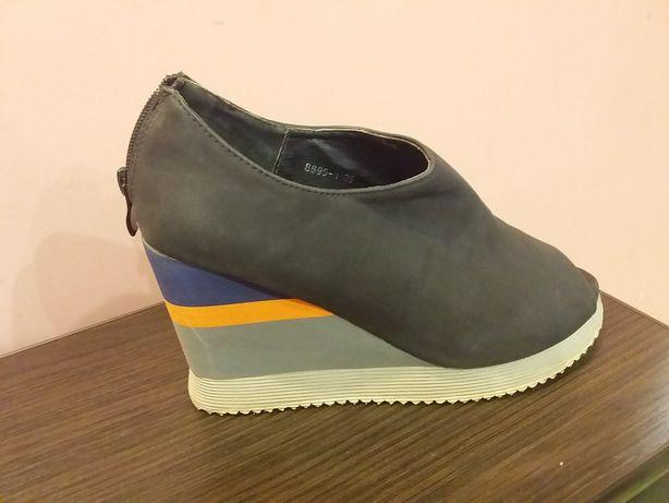Продам туфли весна-осень