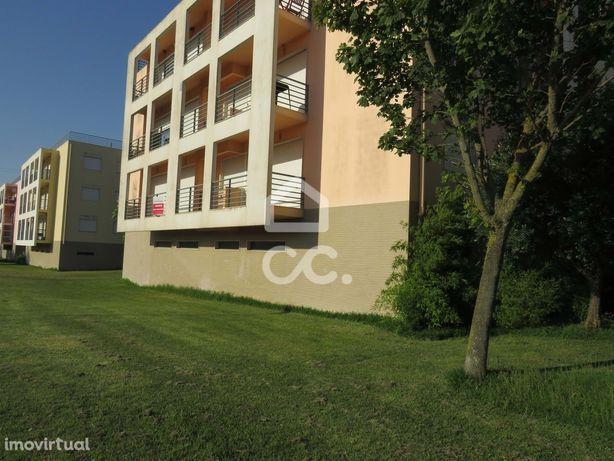 Apartamento T3 localizado na Urb. Colinas da Arrábida, Quinta do Anjo