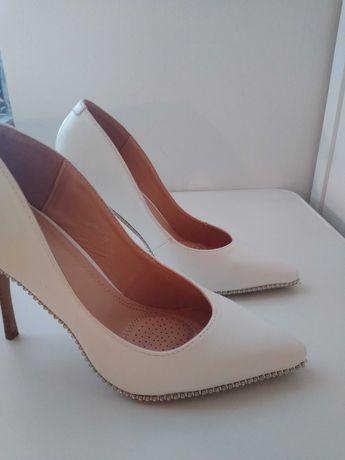 Buty damskie szpilki ślubne