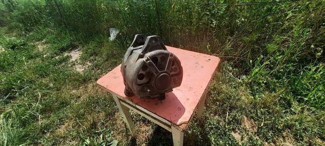 Продам генератор на газ 24