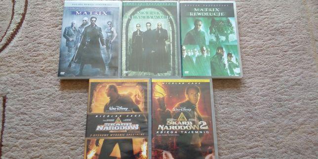 Filmy DVD z filmami.