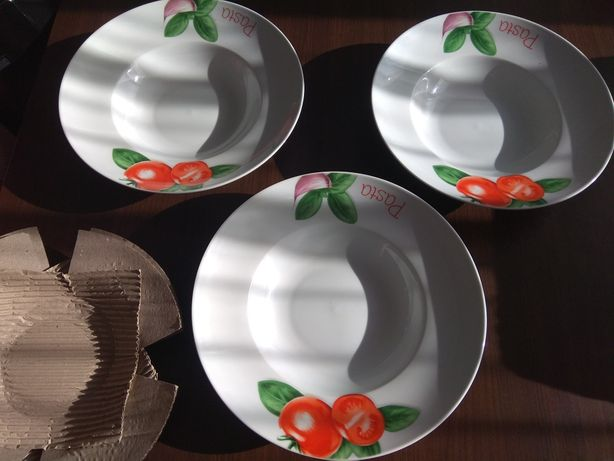 3 duże talerze do makaronu 30 cm z Włoch nowe