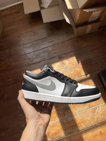 Jordan 1 Low Black White Grey