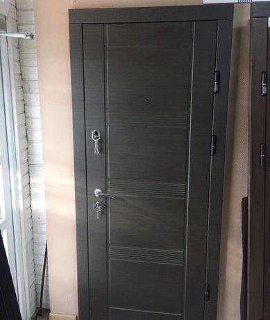 Нові Вхідні двері. Квартирні. Хороша якість.